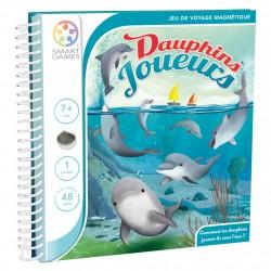Les dauphins joueurs